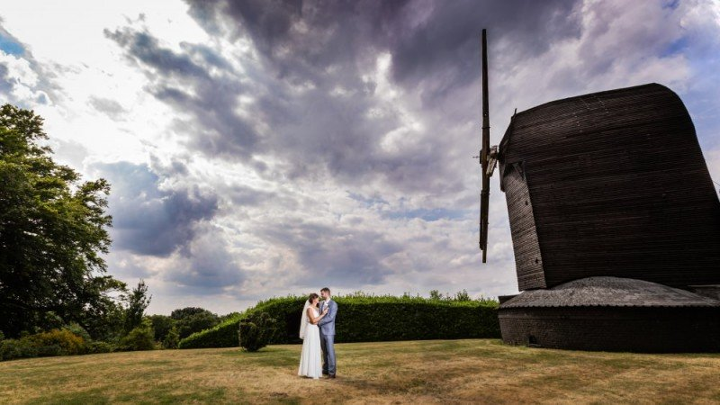 Photographer for a Kent Wedding - Graham Baker Photography