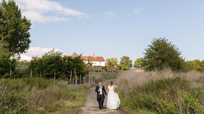 https://www.gbweddingphotographer.com//wedding/ferry-house-inn-sheerness-kent/