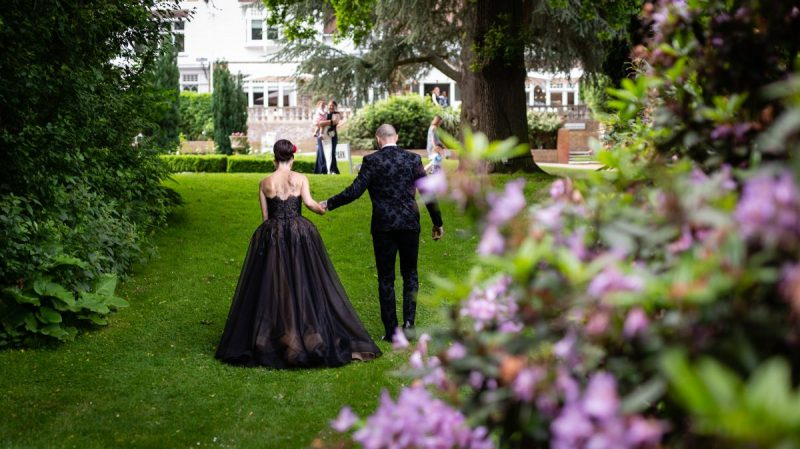 Alternative wedding Couple | Tattooed Bride & Groom | Black & Red Wedding Style