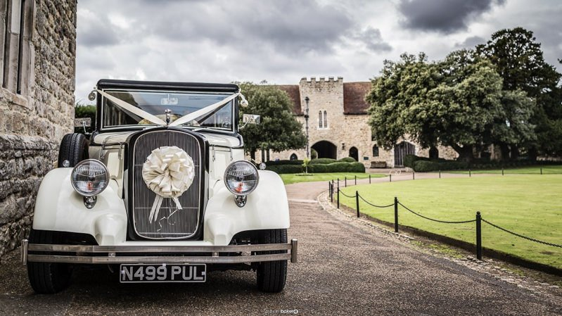 Wedding Car hire from Heritage wedding car hire