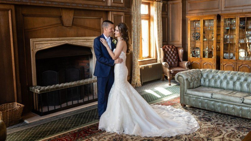 Wedding Couple Portraits for a London Golf Club Wedding