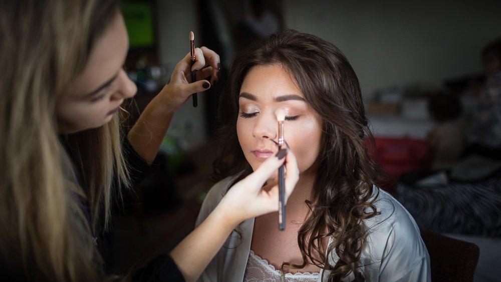 Kent Wedding Photographer - Bride Getting Ready