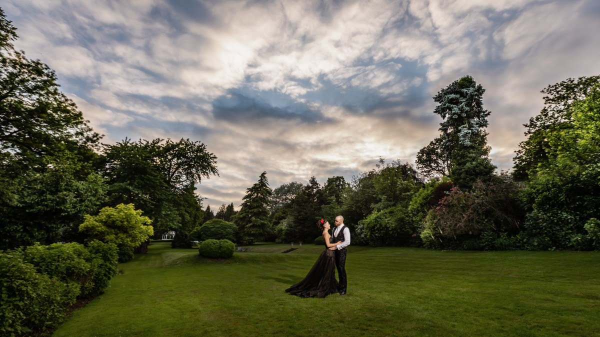 Tim Burton Themed Wedding | Rowhill Grange Wedding Photographer Graham Baker Photography